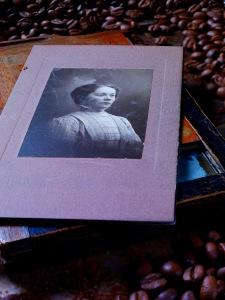 Betty B ca 1909-10
